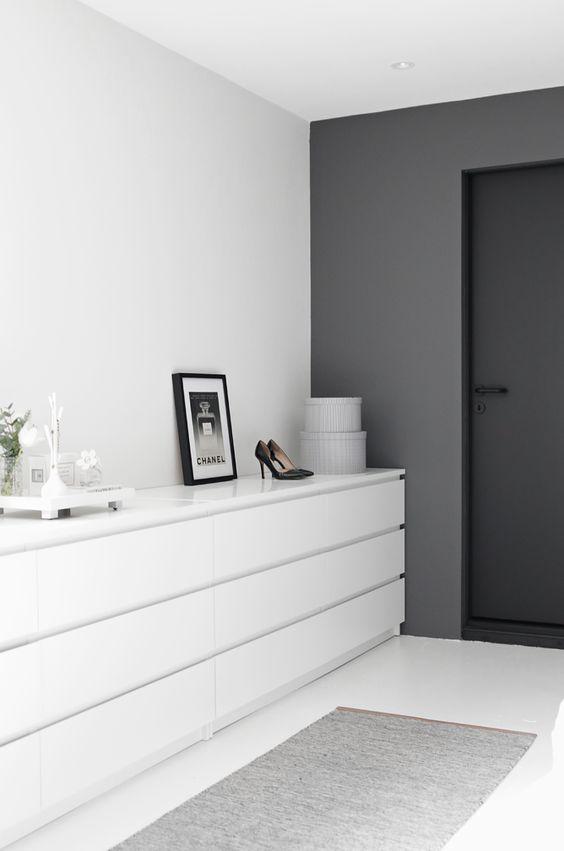 minimalist bedroom storage